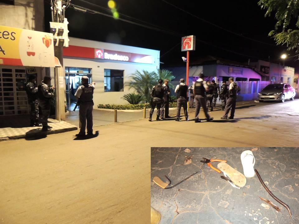 Bandidos tentam arrombar cofre de agência bancária em Jangada na madrugada deste domingo; polícia troca tiros e impede ação
