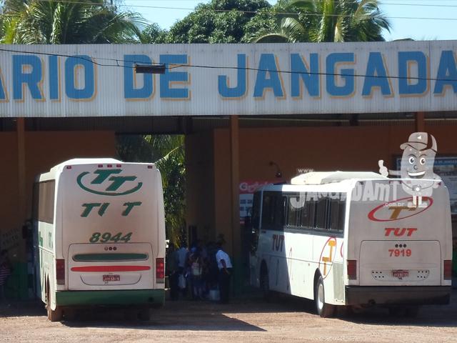 Governo de MT prorroga contratos do transporte intermunicipal por mais 25 anos sem licitação; promotor reage e diz que decreto é inconstitucional