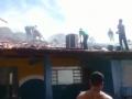 Crianças são retiradas às pressas de creche em MT após incêndio