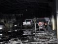 Incêndio atinge cinco automóveis em depósito de autoelétrica na avenida Miguel Sutil